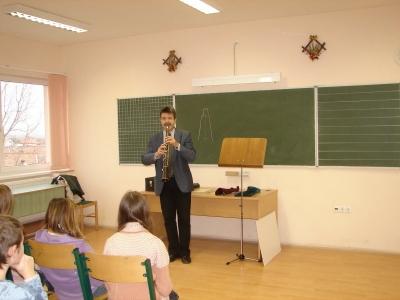 Tárogató bemutató az iskolában